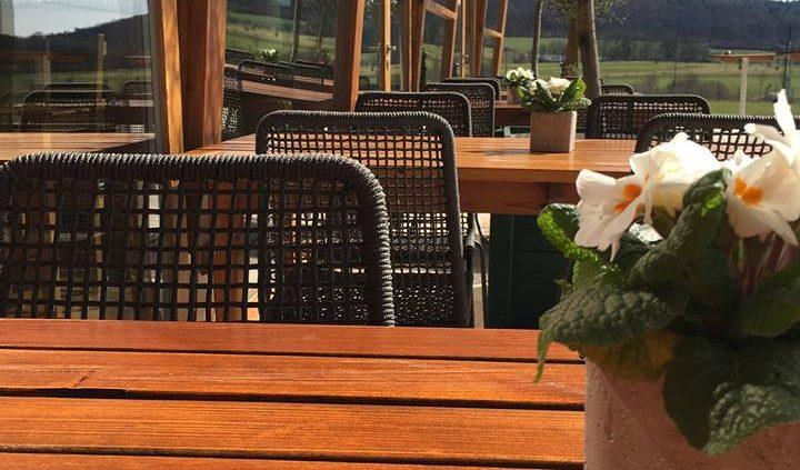 Die Terrassensaison ist eröffnet! Heckers-Restaurant