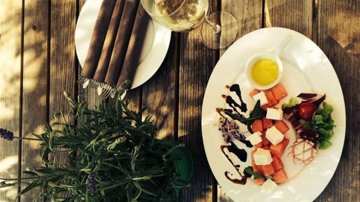 Die Speisekarte des Heckers Restaurant bietet auch vegetarische Speisen.