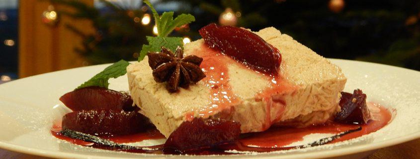 Lebkuchen Parfait auf der Karte des Heckers Restaurants.